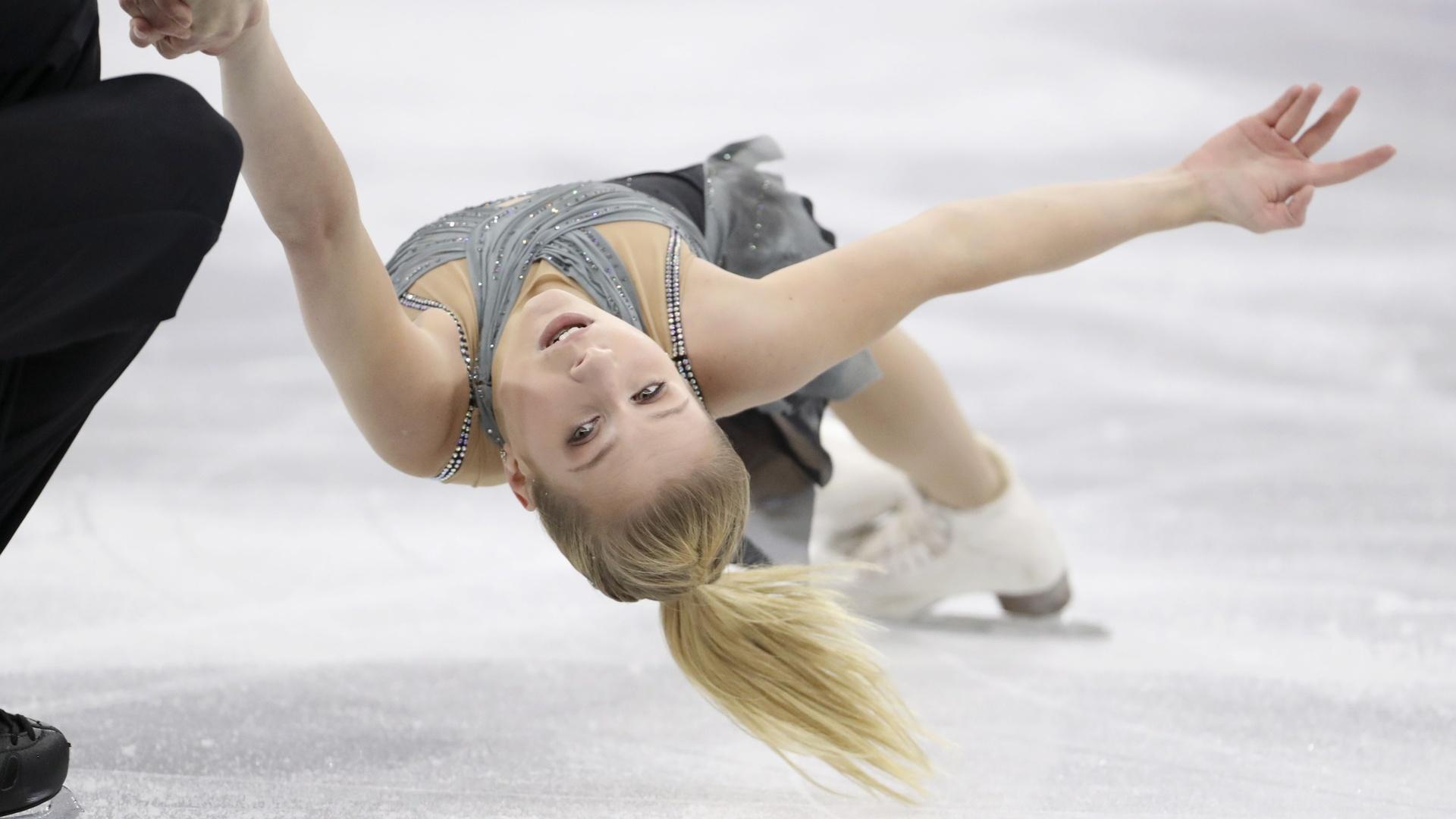 انتحار بطلة العالم بالتزحلق على الجليد
