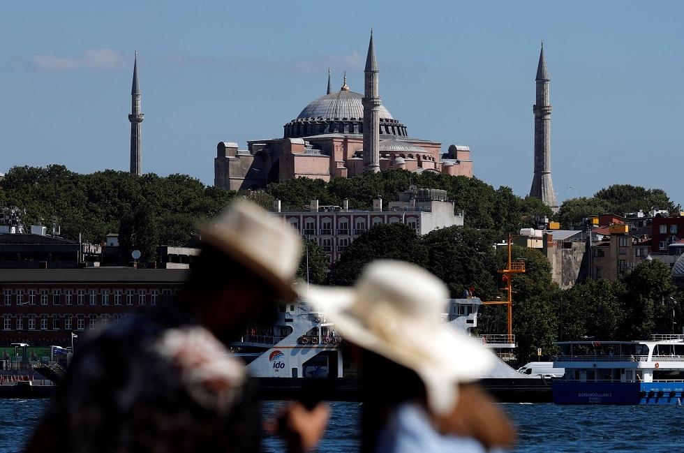 تركيا.. ارتفاع عدد ضحايا غرق قارب مهاجرين إلى 54