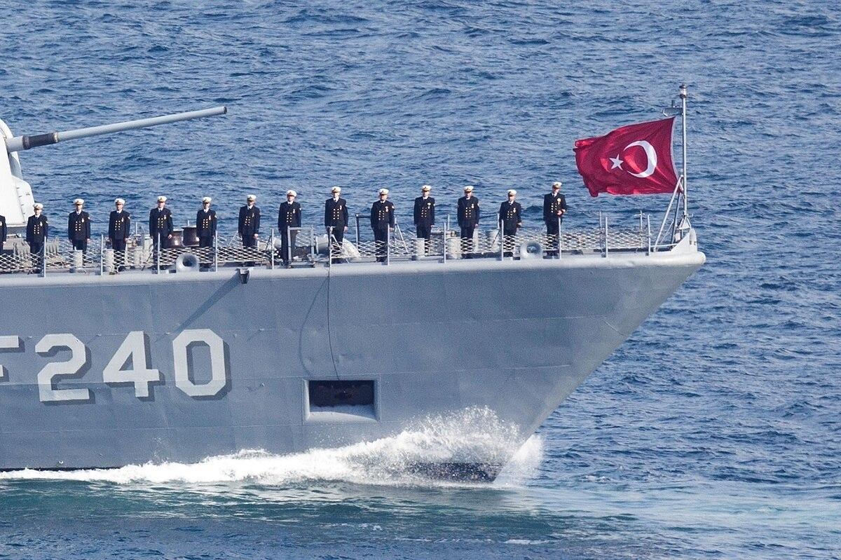 تركيا تتولى قيادة