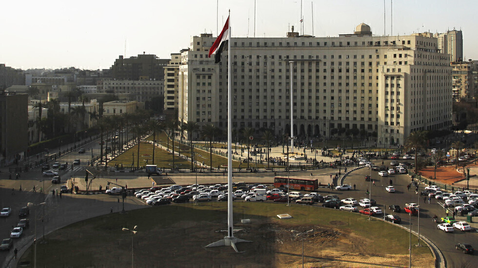 بنك الاستثمار الأوروبي يوافق على توفير 1.9 مليار يورو لدعم مشروعات في مصر