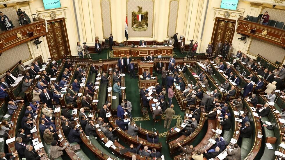 تأجيل جلسة مجلس النواب المصري حول تفويض السيسي بإرسال قوات إلى ليبيا