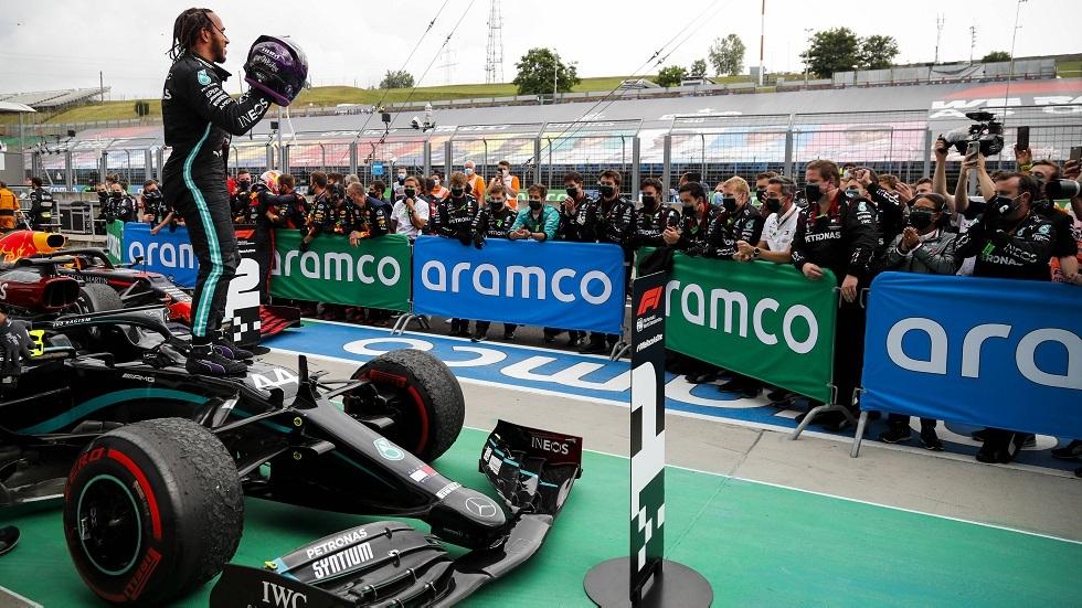 هاميلتون يفوز بسباق جائزة هنغاريا الكبرى للفورمولا 1 ويعادل رقما قياسيا للأسطورة شوماخر
