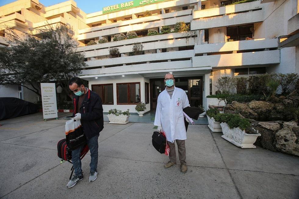 الجزائر تسجل انخفاضا في إصابات كورونا بعد أسبوع من الأرقام القياسية المتواصلة