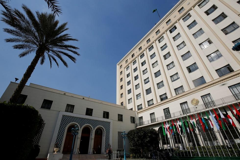 برلماني مصري يطلب