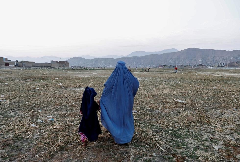 سيدة أفغانية تقتل عنصرين من