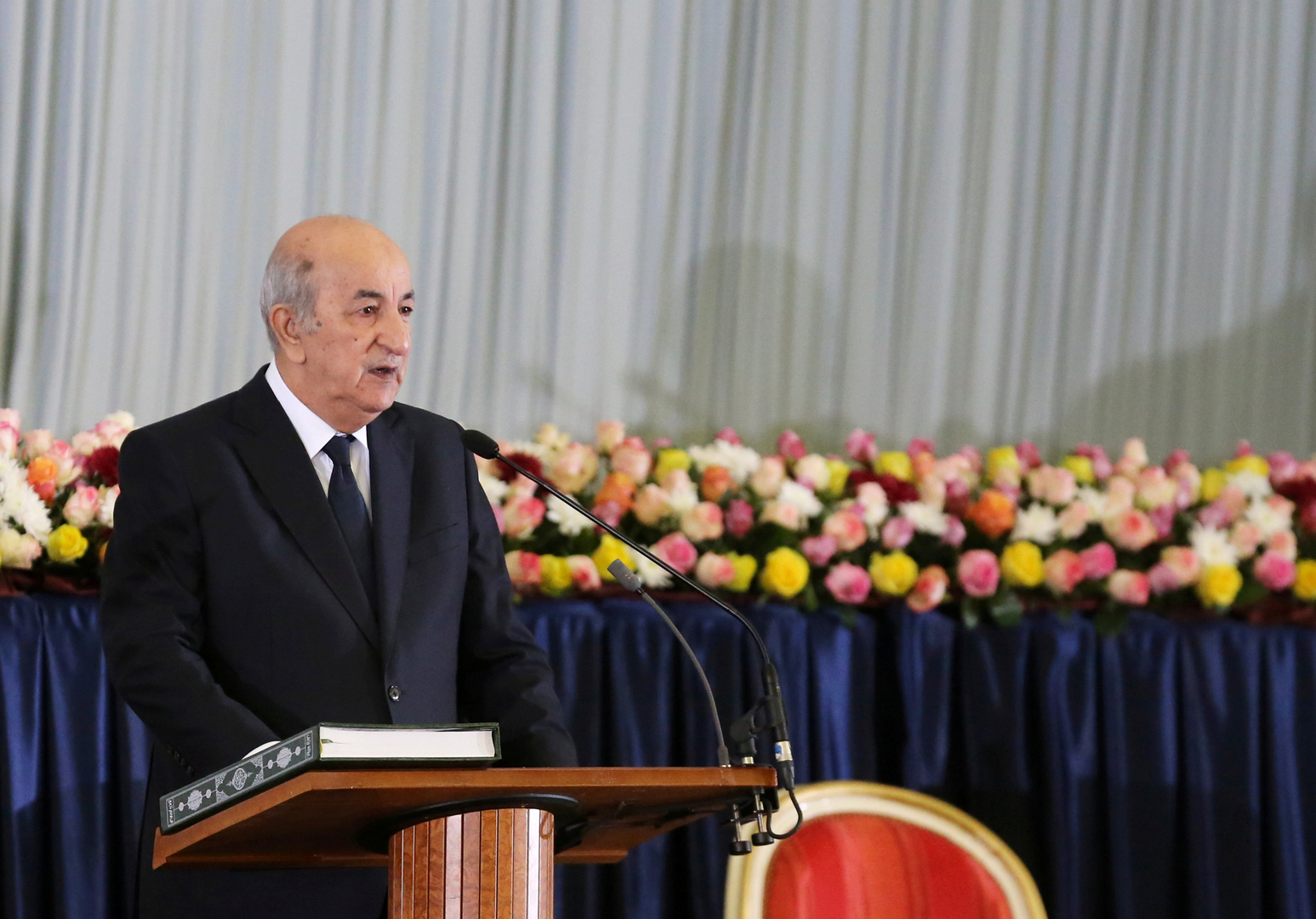 تبون يعين عبد المجيد شيخي للإشراف على ملف الذاكرة بين الجزائر وفرنسا