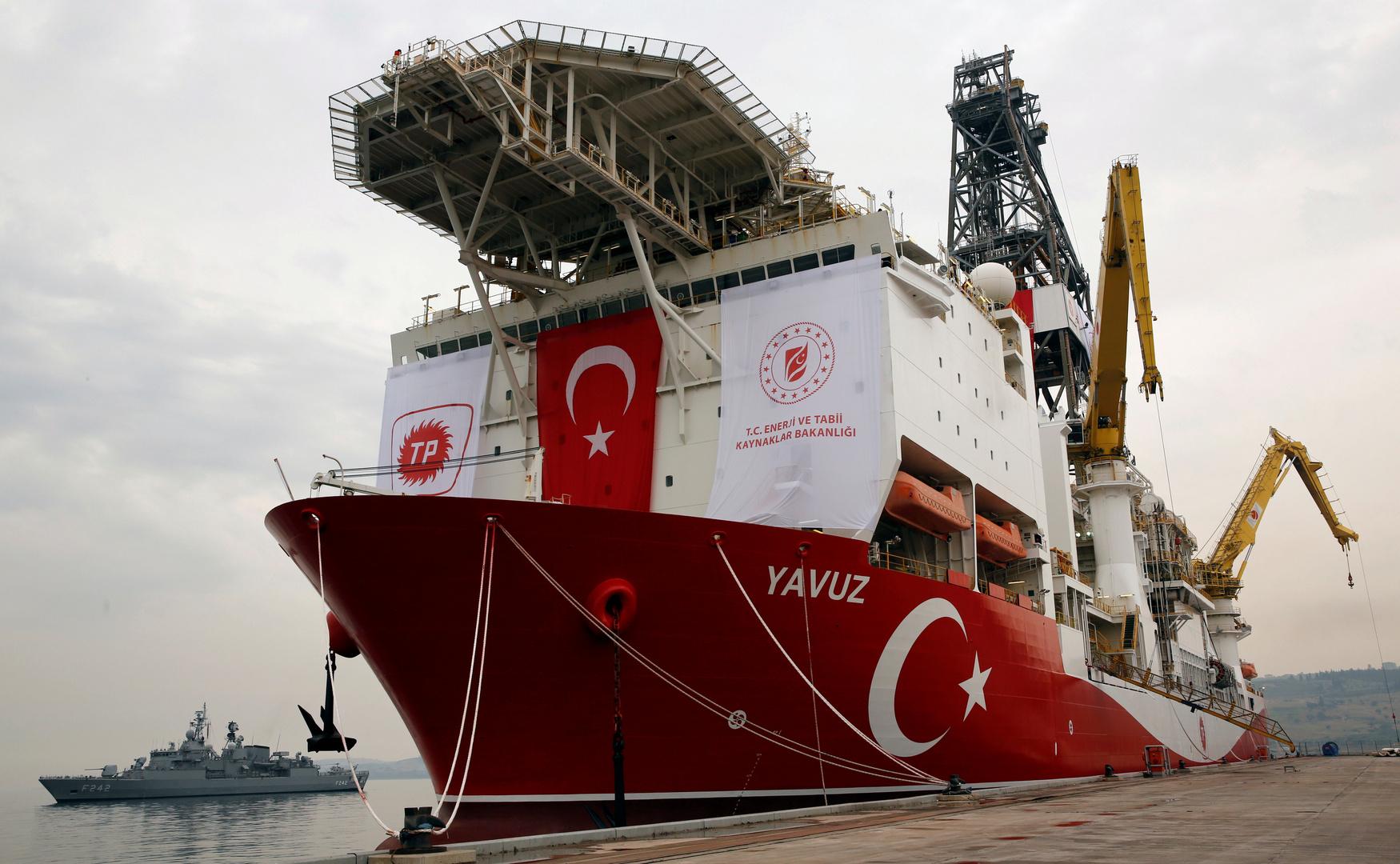 تركيا تبدأ أول عملية تنقيب في حقل طاقة بالبحر الأسود