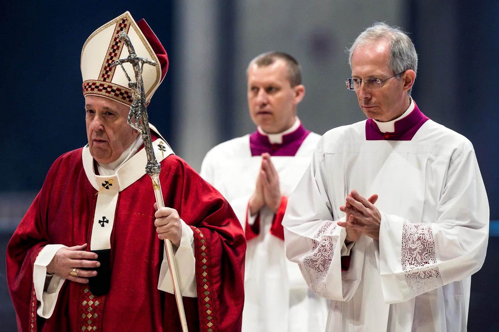 البابا فرنسيس يجدد الدعوة لوقف إطلاق نار عالمي وفوري