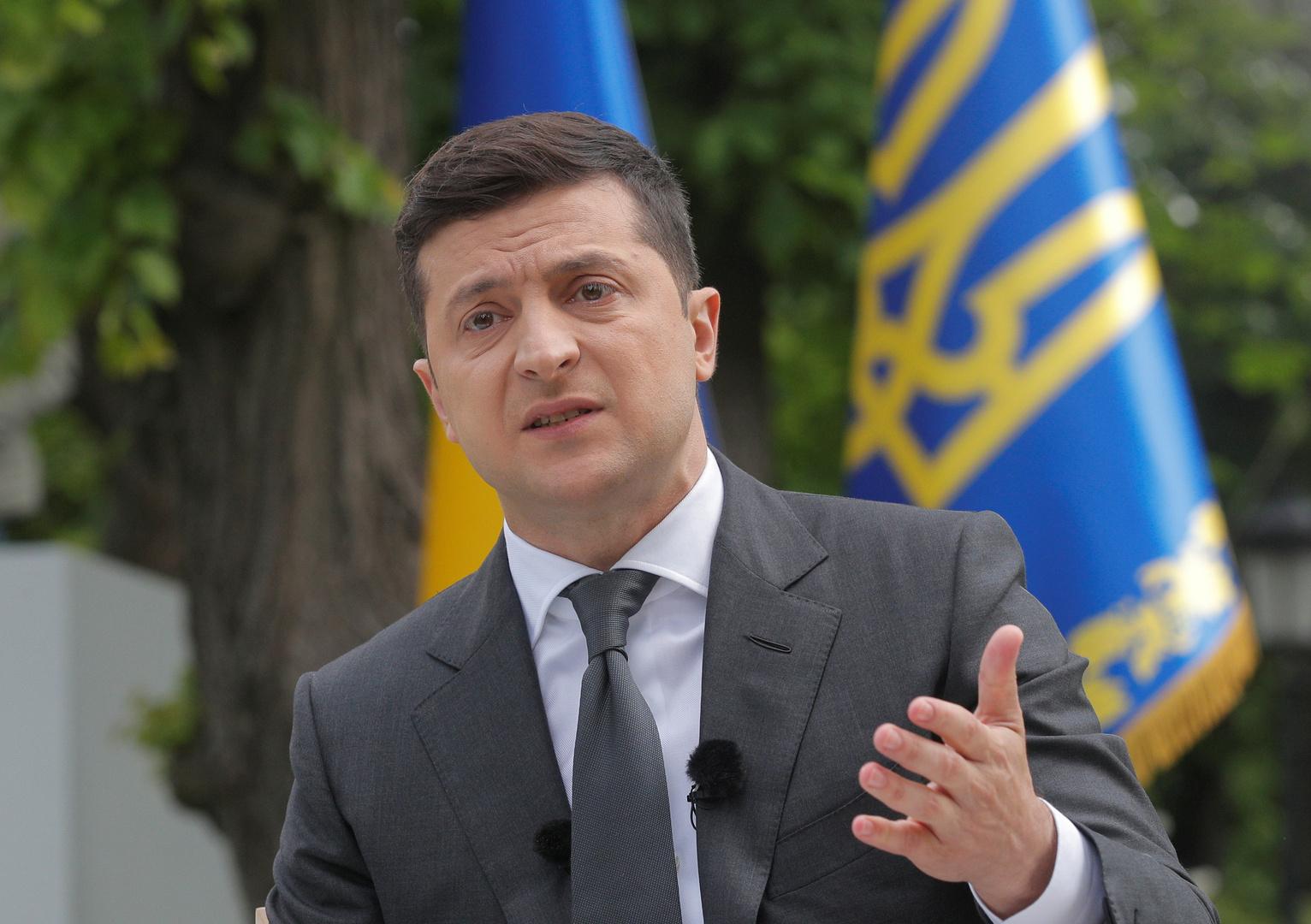 زيلينسكي يرحب بتسليم إيران الصندوقين الأسودين للطائرة الأوكرانية المنكوبة إلى فرنسا