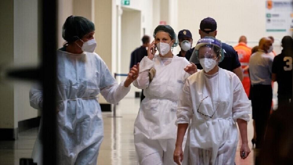 مسؤول صحي إيطالي: مأساة مطلقة في أمريكا والبرازيل بسبب أخطاء مثيرة