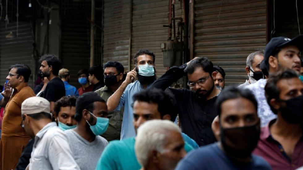 مسؤول باكستاني: بدء انحسار كورونا في البلاد