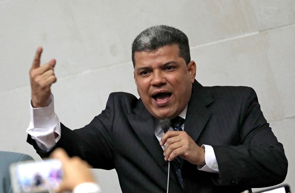 رئيس البرلمان الفنزويلي يدخل المستشفى.. ونتائج فحص كورونا له لم تعرف بعد