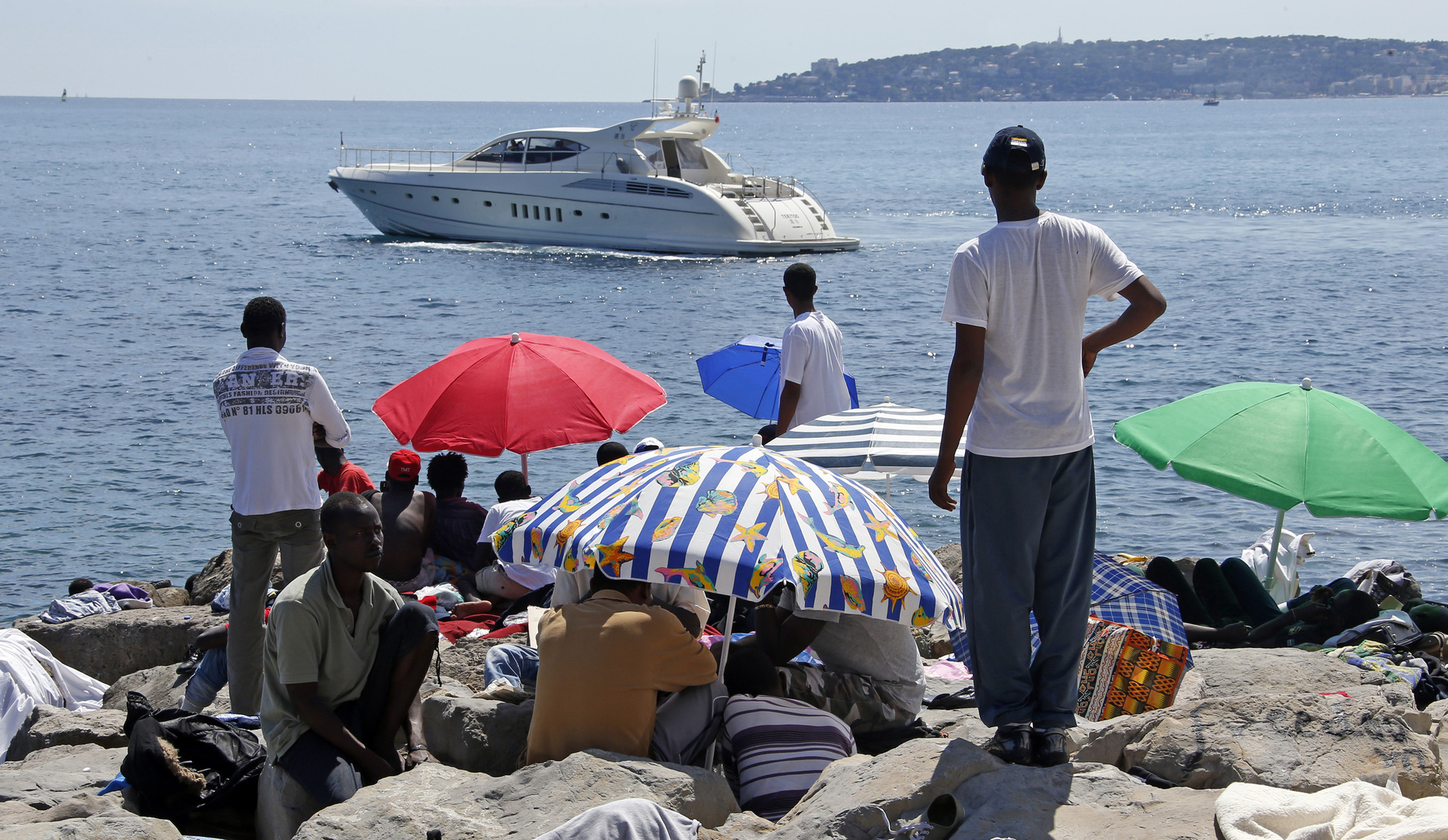 مسؤول إيطالي: لاتسيو بحاجة إلى سياح يدفعون لا مهاجرين ينشرون كورونا