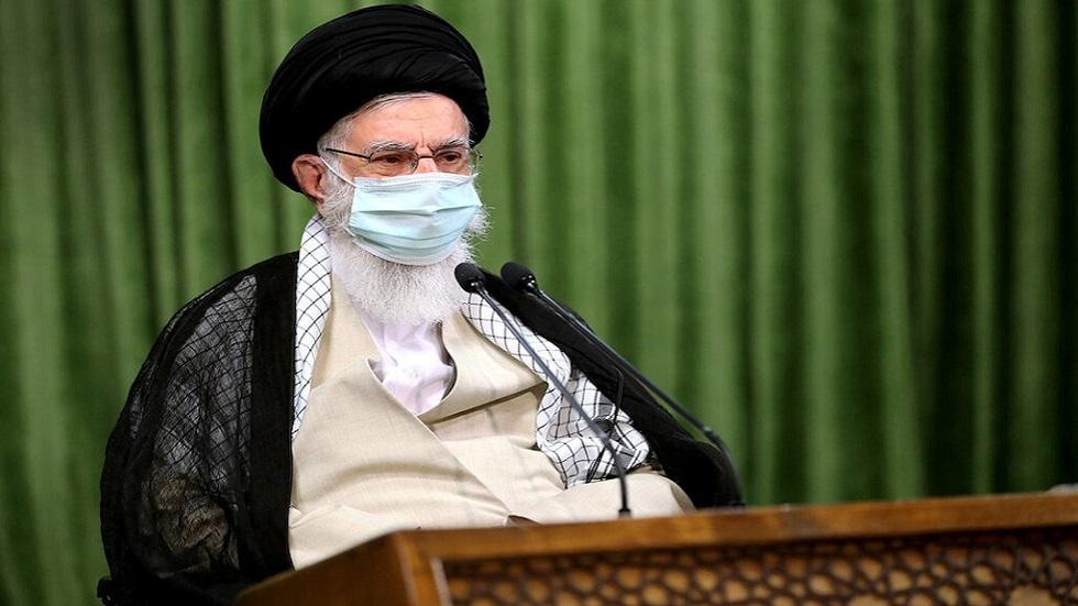 خامنئي للكاظمي: إيران ستوجه ضربة بالمثل للأمريكيين ردا على قتلهم سليماني - صور