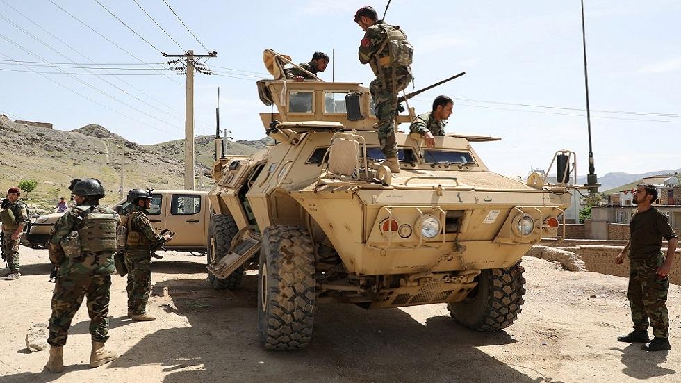 مقتل 8 جنود أفغان وإصابة 9 في هجوم انتحاري لـ