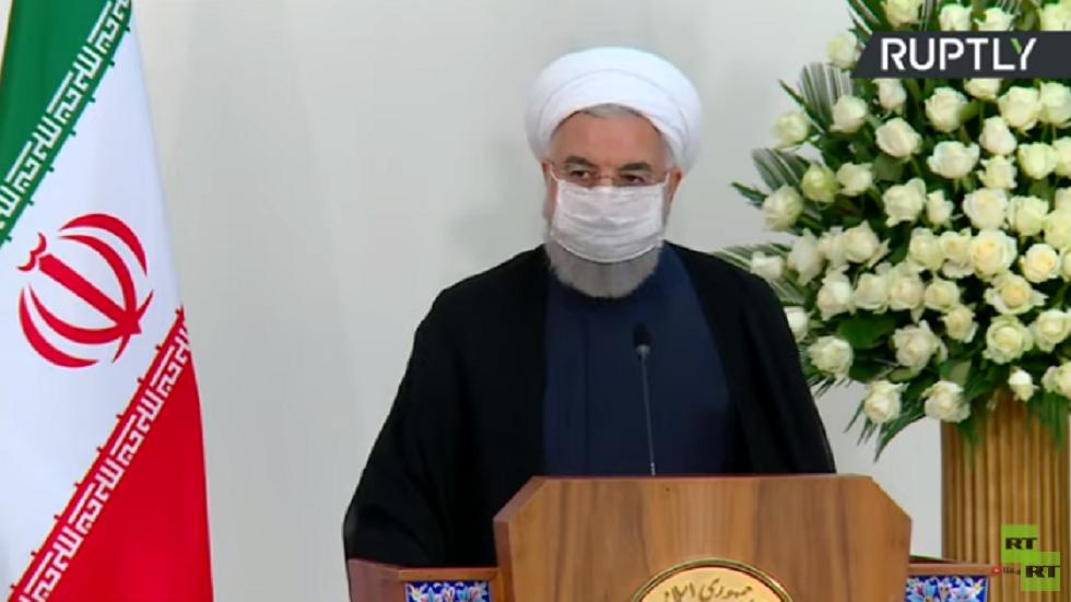 روحاني: إيران تتعهد للعراق بالوقوف إلى جانبه بكل طاقاتها