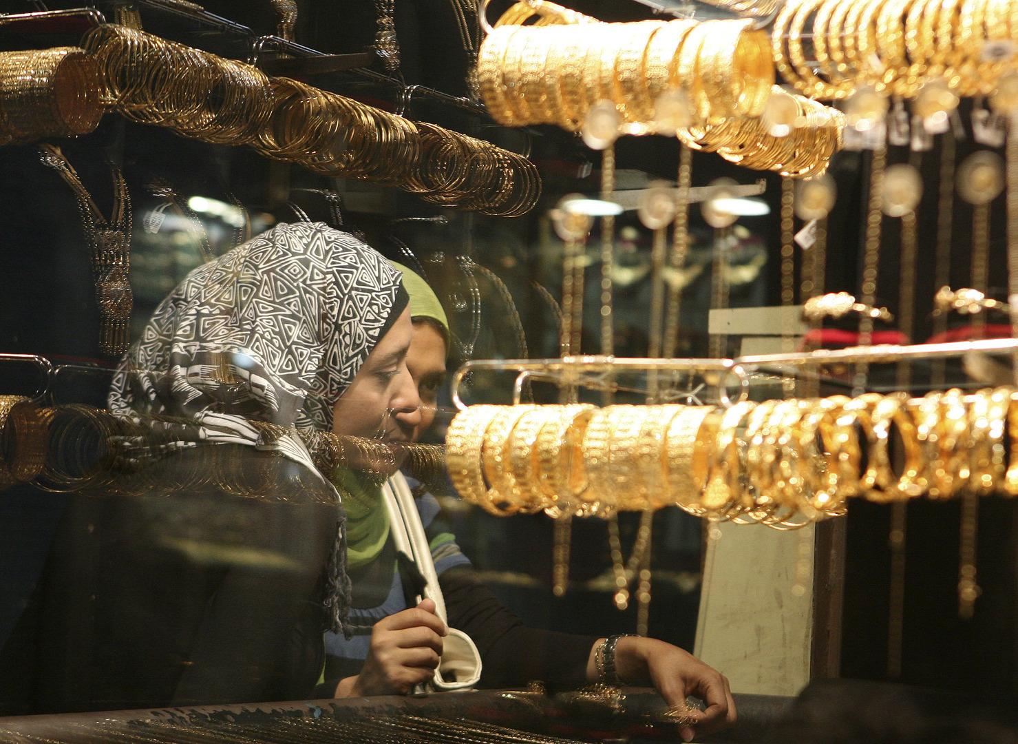 مصر.. أسعار الذهب تسجل أعلى مستوى بتاريخها