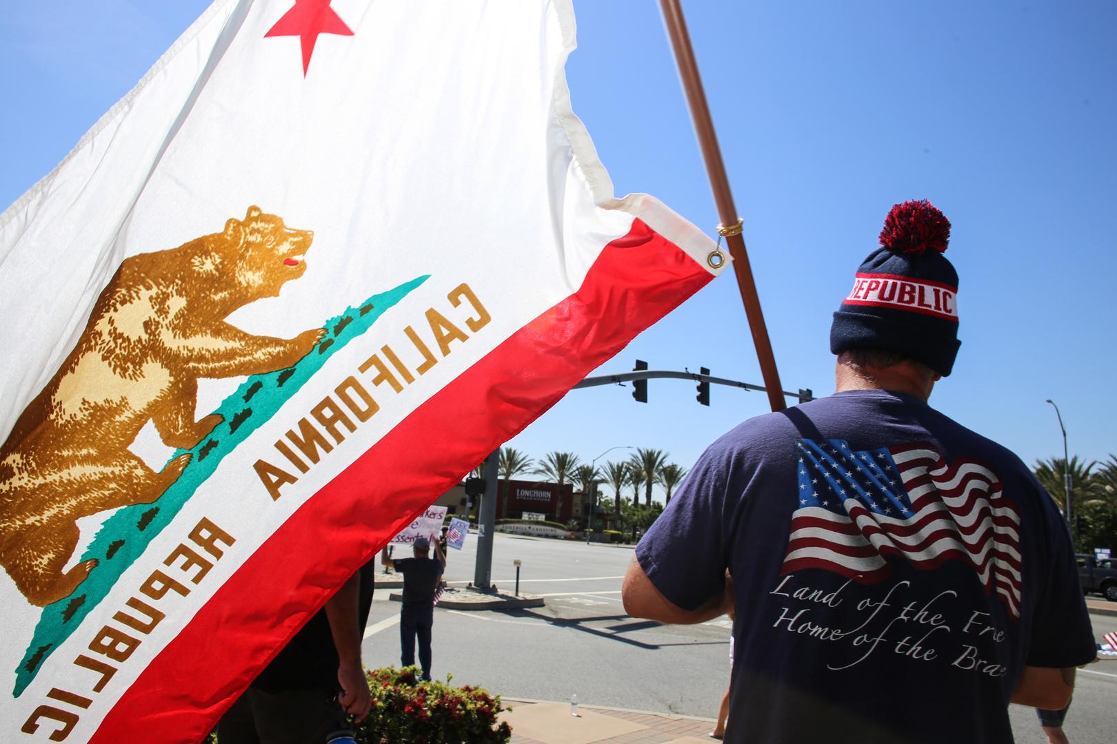 رويترز: إصابات كورونا في كاليفورنيا تتجاوز الـ 400 ألف