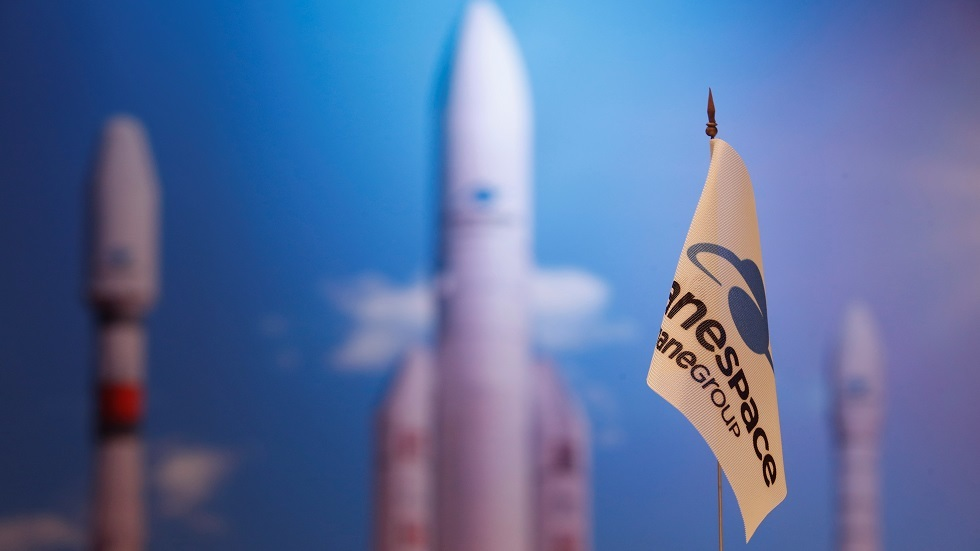 فرنسا تطلق صاروخا معدلا و3 أقمار إلى الفضاء قريبا