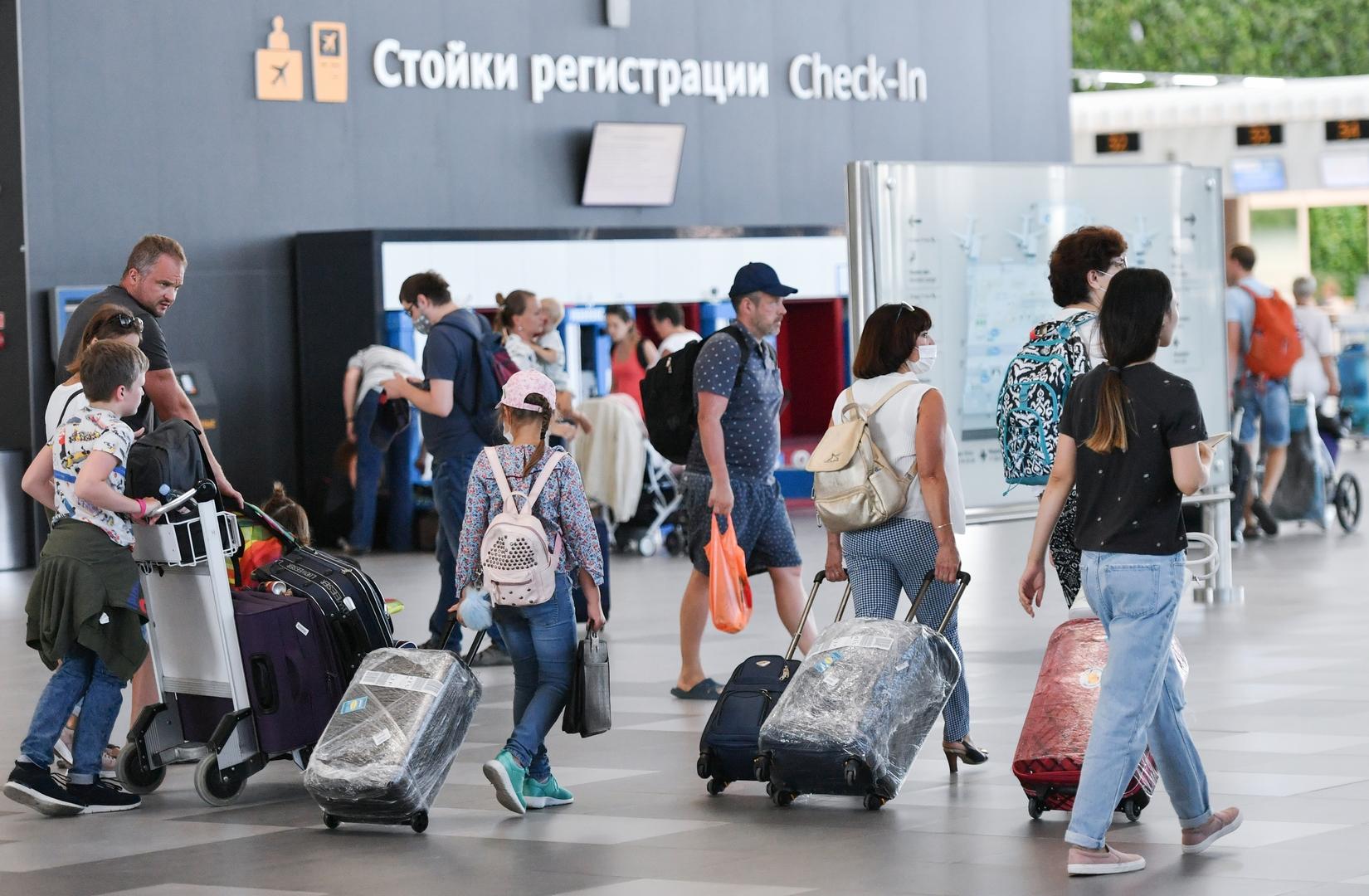 ستدفع للسائح نقودا.. الحكومة الروسية تعلن عن إجراء لدعم قطاع السياحة
