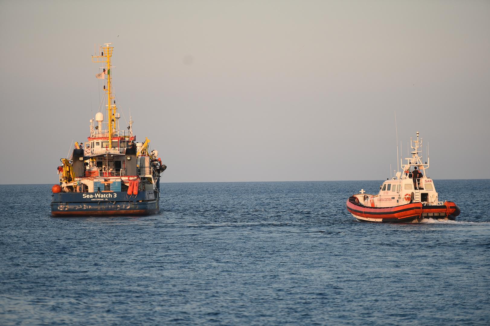 إيطاليا.. وصول 67 تونسيا إلى جزيرة لامبيدوزا
