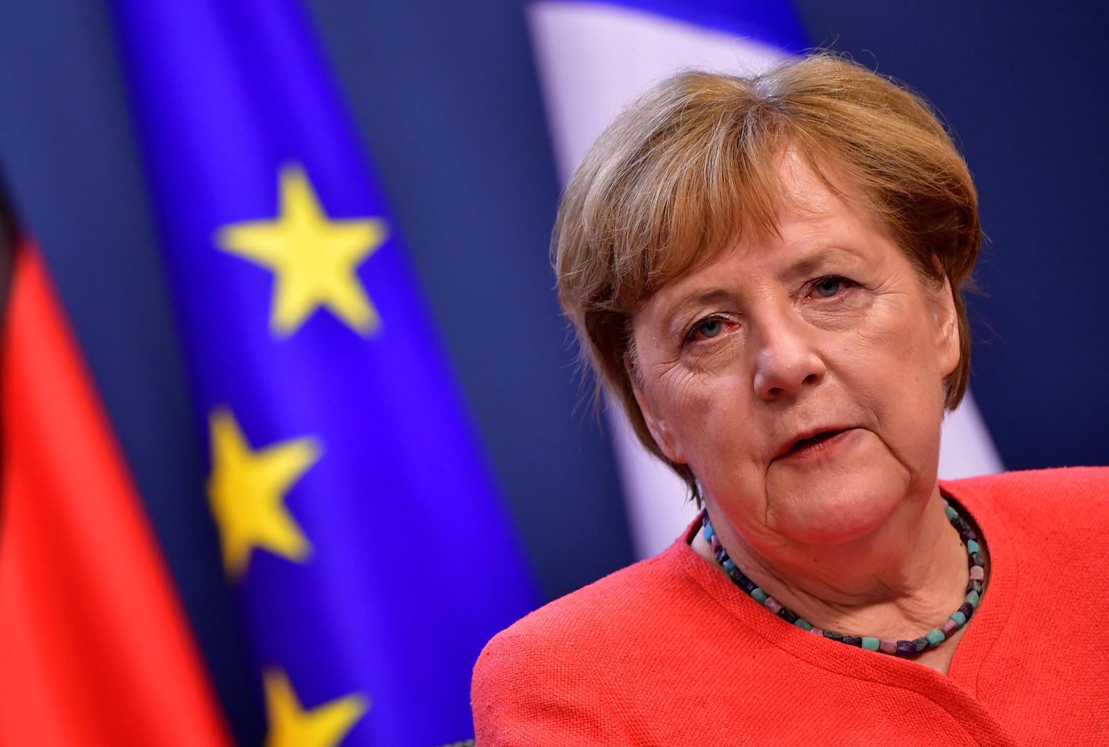 وسائل إعلام: ميركل أوقفت حربا وشيكة بين اليونان وتركيا