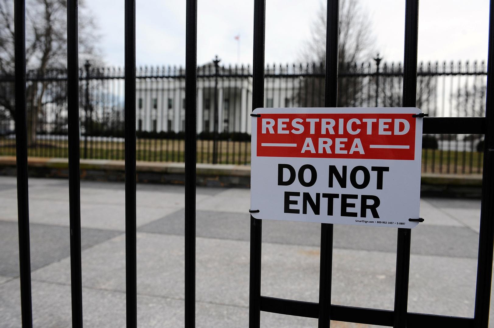 إغلاق مقهيين قرب البيت الأبيض بسبب تفشي كورونا داخلهما