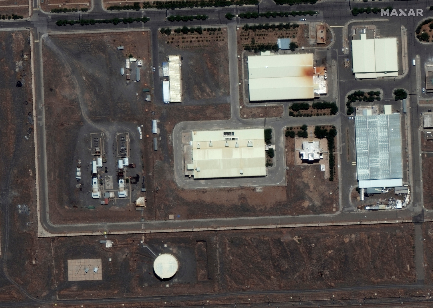 الحرس الثوري الإيراني يكشف هوية منفذ التفجير في منشأة نطنز النووية