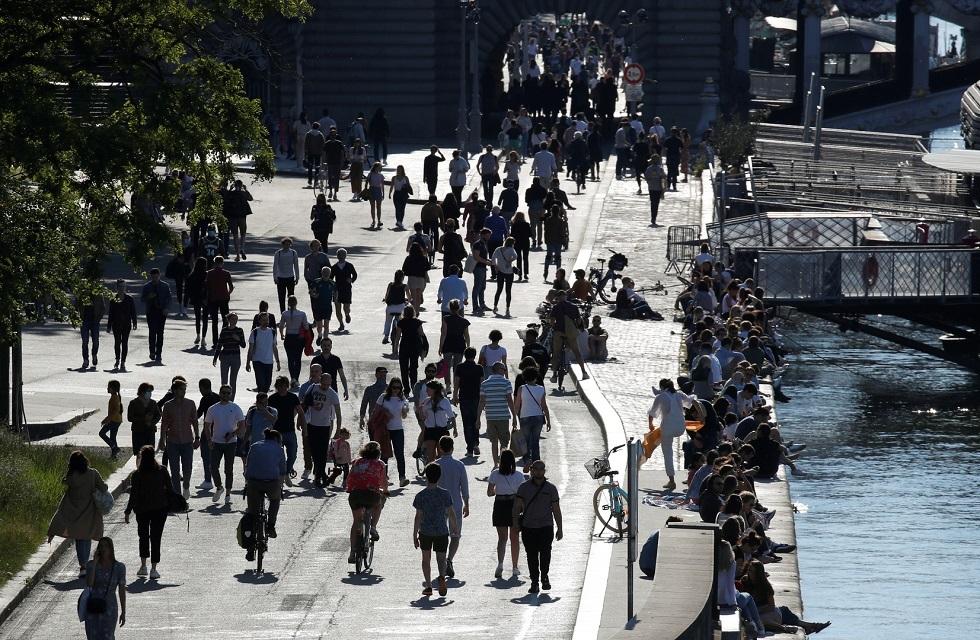 ارتفاع إصابات كورونا ووفياتها في فرنسا