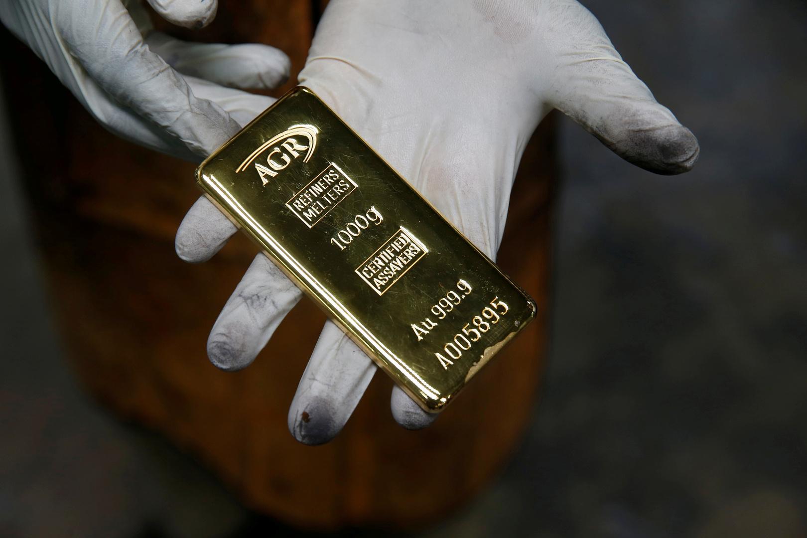 أسعار الذهب تتجه صوب تسجيل مستوى قياسي