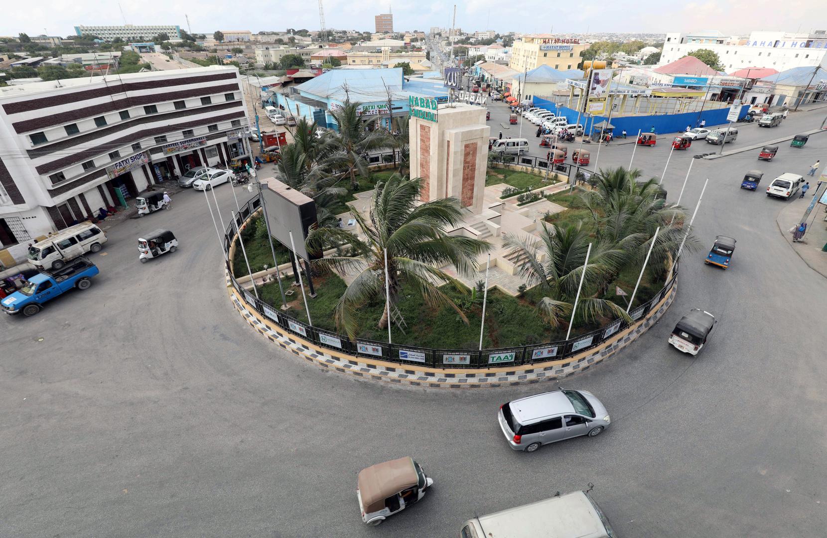 البرلمان الصومالي يقيل رئيس الوزراء في تصويت على الثقة