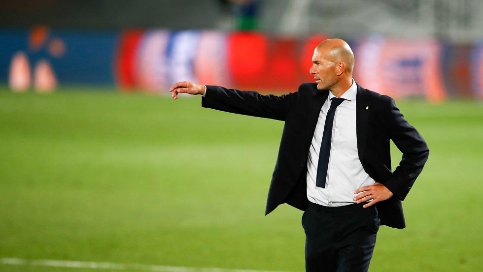 زيدان يرفض طلب بيريز برحيل أحد نجوم ريال مدريد