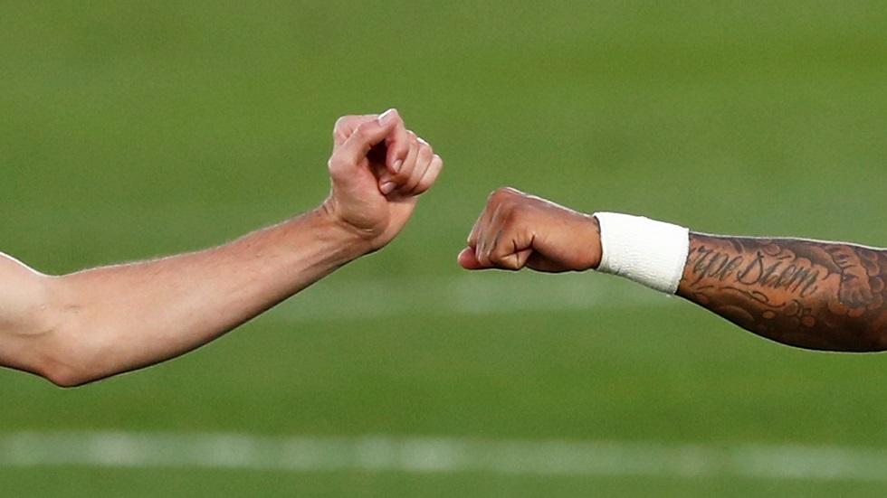 ريال مدريد يضم لاعبين تربطهما علاقة