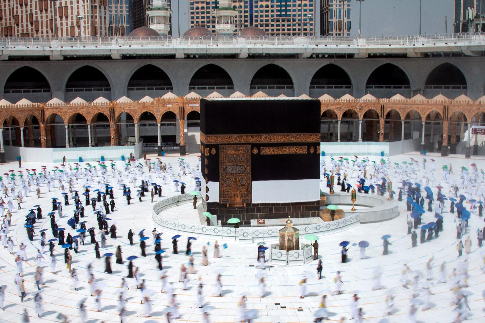 قيود صارمة.. السعودية تفرض ضوابط على رمي الجمرات وحلاقة الحجاج