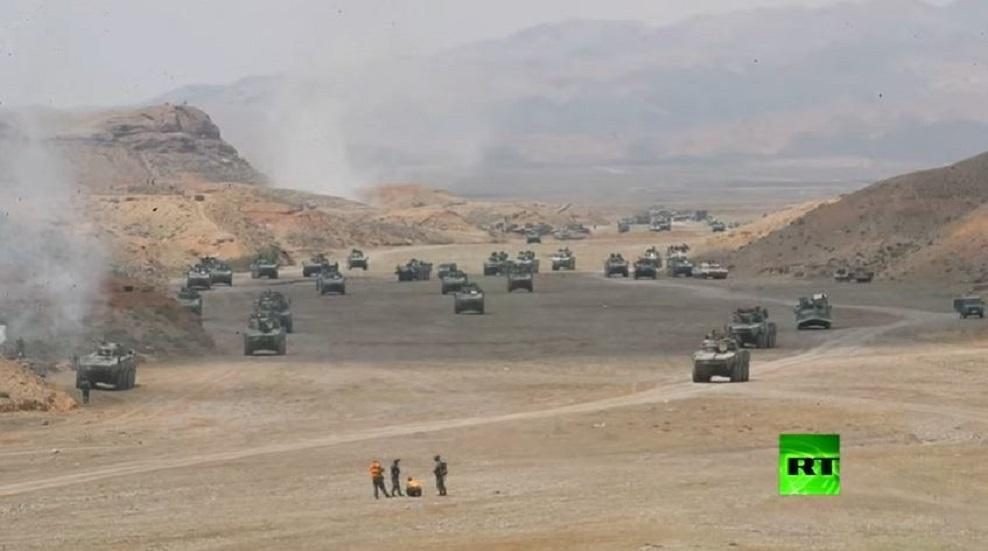فيديو  من المناورات الصينية.. محاكاة معركة الدبابات