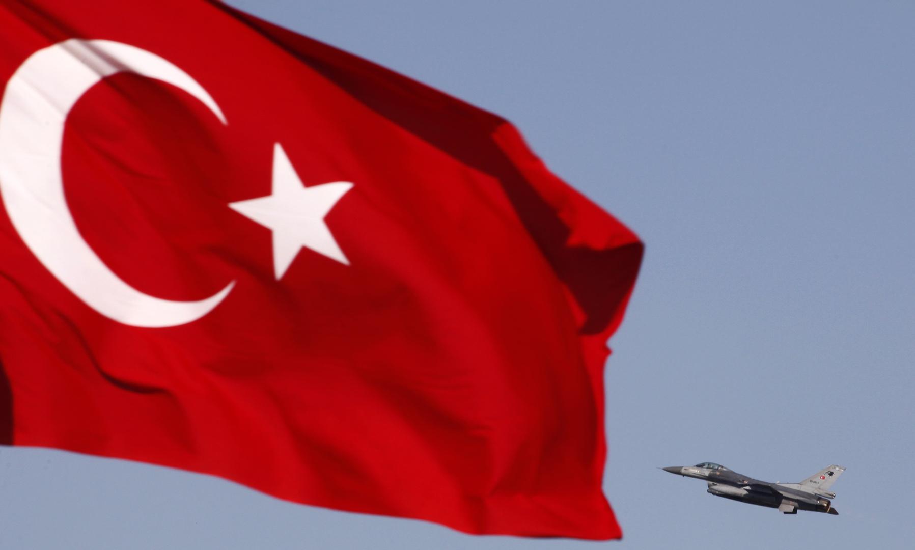 حوار بين علييف وأردوغان تزامنا مع وصول مقاتلات تركية إلى أذربيجان