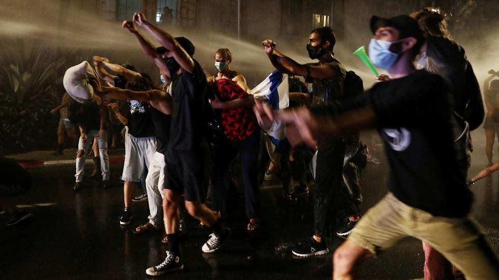 وزير إسرائيلي: التظاهرات ضد نتنياهو شبيهة بما قبل اغتيال رابين وستنتهي بإراقة الدماء