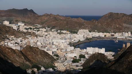 سلطنة عمان تتخطى عتبة الـ50 ألف إصابة بكورونا