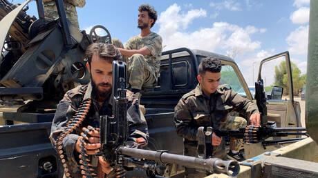 اشتباكات في طرابلس بين عناصر تابعة لجماعات مسلحة