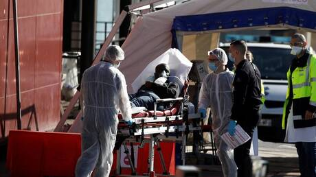 تشريح أجساد متوفين بفيروس كورونا يكشف عن نتائج صادمة