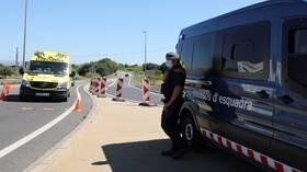 إسبانيا تعيد عزل أكثر من 200 ألف من سكانها بسبب كورونا