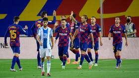 برشلونة يطيح بجاره إسبانيول من الليغا ويحتفظ هو ببصيص أمله في الدفاع عن اللقب.. فيديو