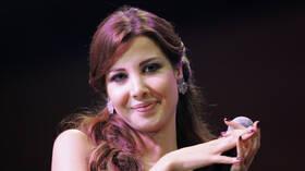 فيديو جديد للحظة قتل زوج نانسي عجرم الشاب السوري