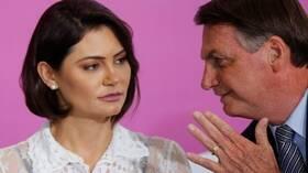بعد إعلان إصابة زوجته بكورونا.. رئيس البرازيل يشعر بضعف ويتناول أدوية