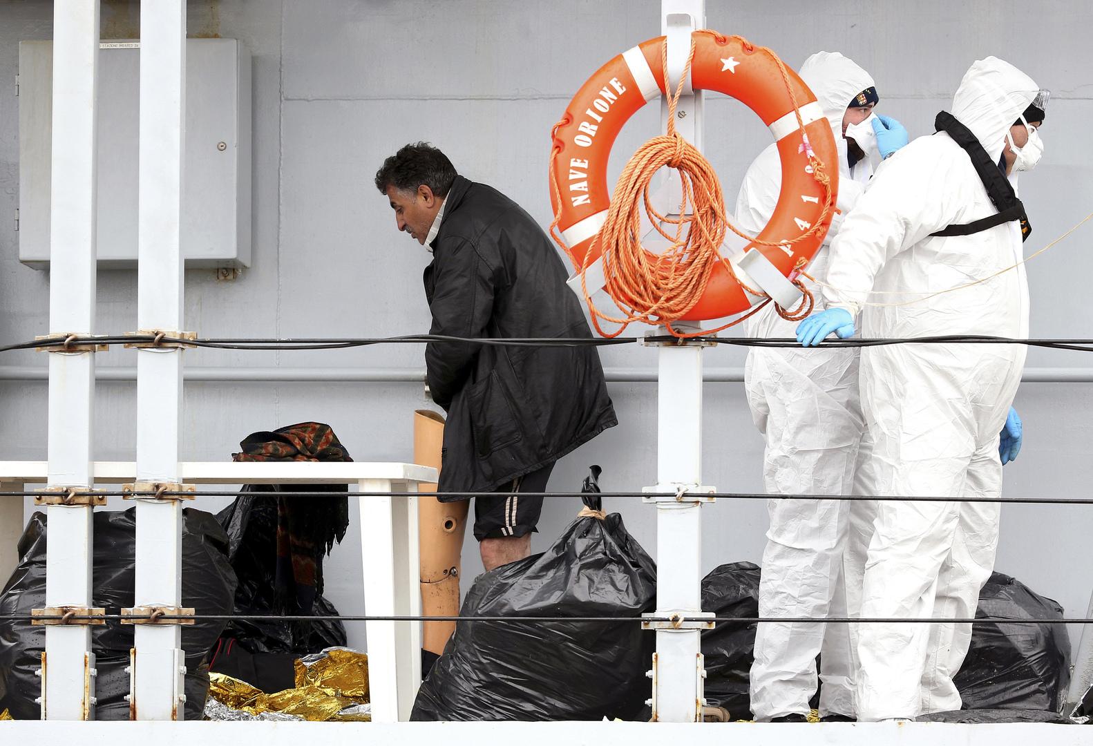 إيطاليا تحجر على المهاجرين المصابين بكورونا في البحر