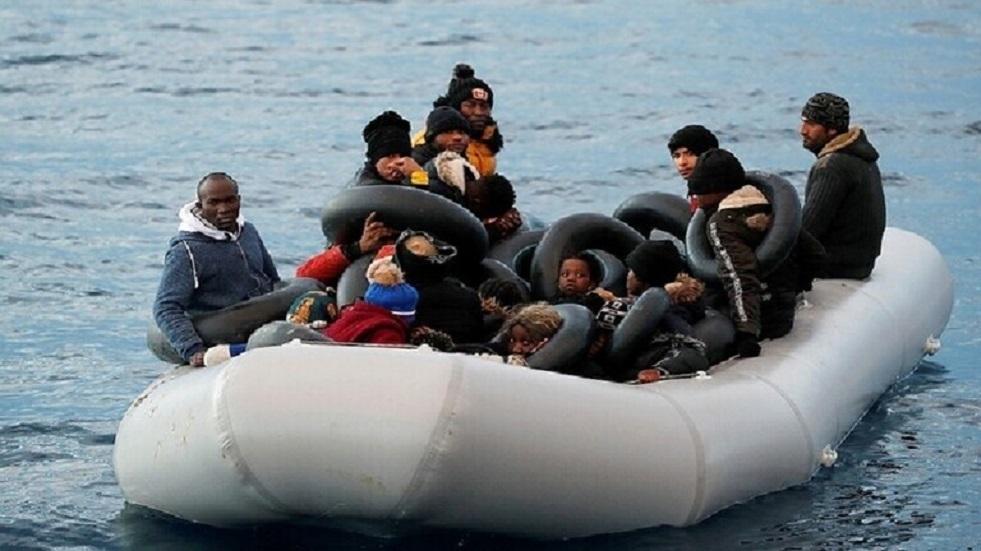 لندن: عدد المهاجرين عبر المانش