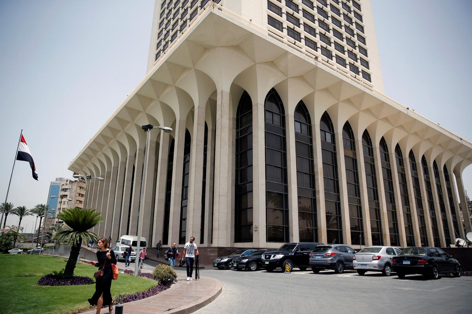وزيرا خارجية مصر والجزائر يبحثان الاستقرار الإقليمي والأمن القومي العربي