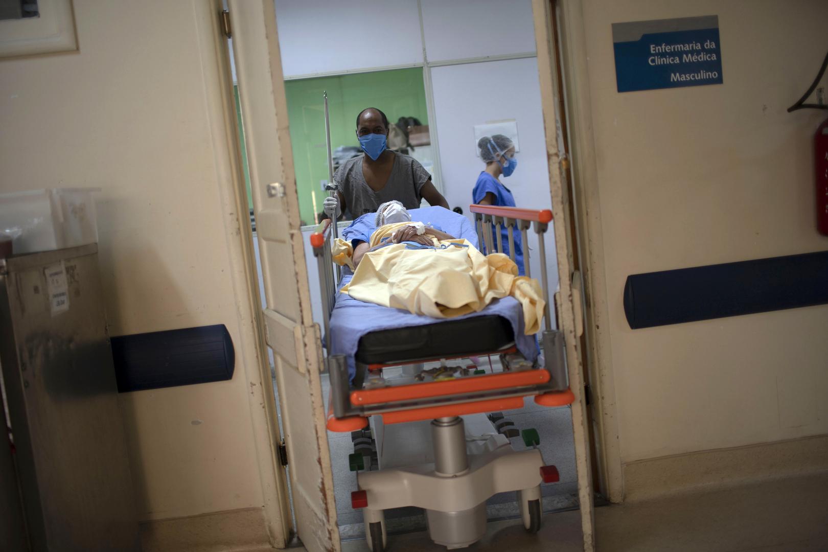 كورونا في البرازيل: انخفاض الحصيلة اليومية للوفيات إلى ما دون ألف حالة