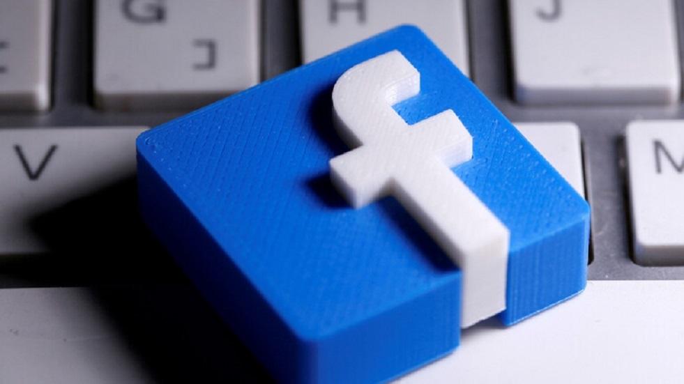فيسبوك وإنستغرام تحظران فكاهيا فرنسيا سخر من