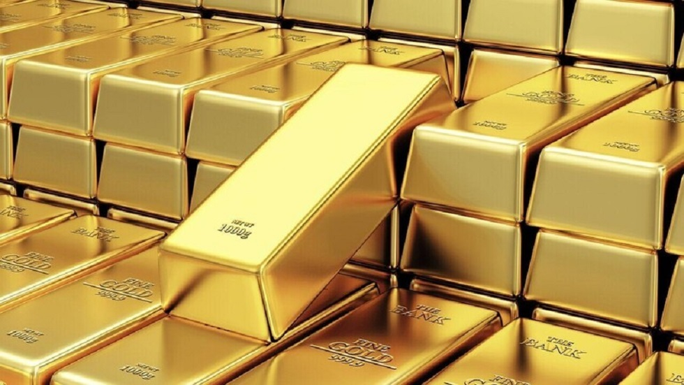 الذهب يتخطى حاجز الألفي دولار للمرة الأولى في التاريخ